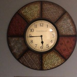 Rustic country/farmhouse wall clock